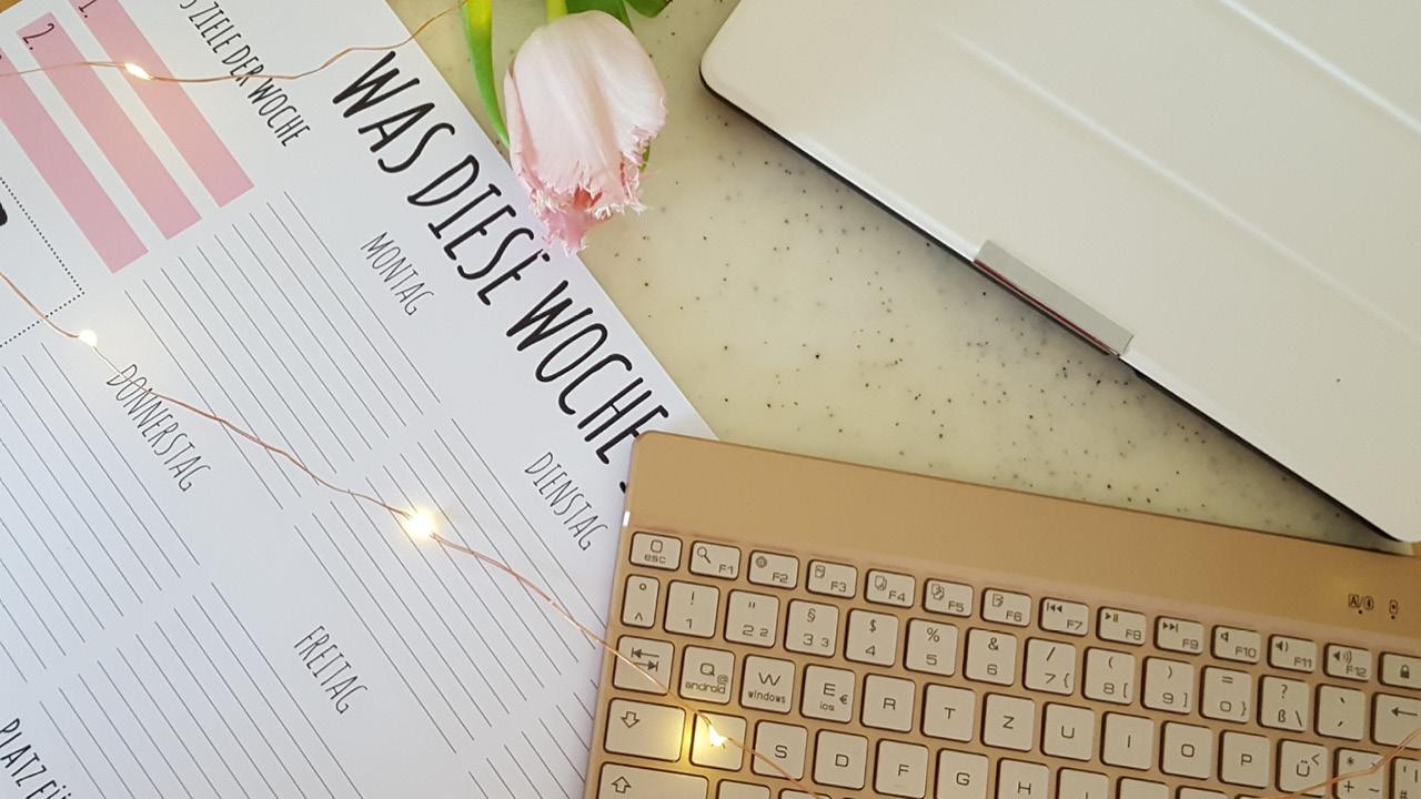 ToDo List und Tastatur für Hochzeitsplanung