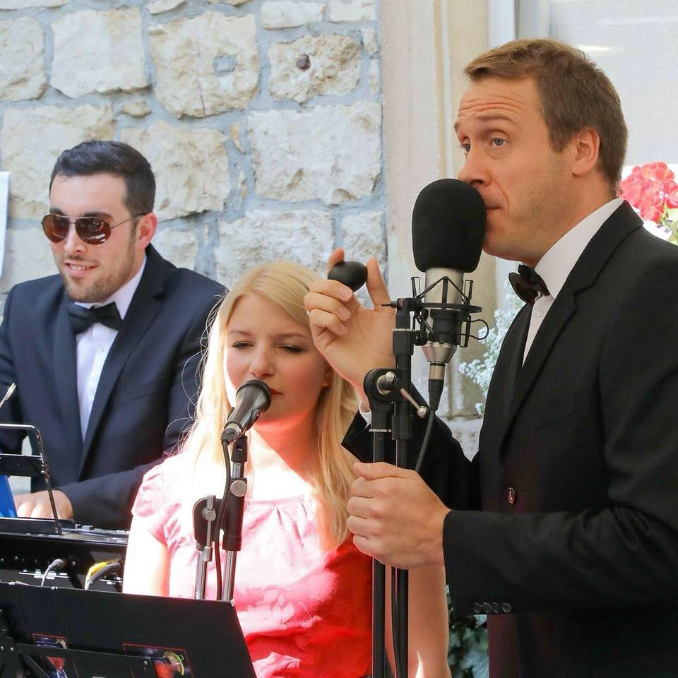 Musikertrio in Aktion